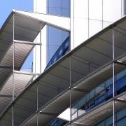 Valor y diseño en tu hogar en una palabra: aluminio